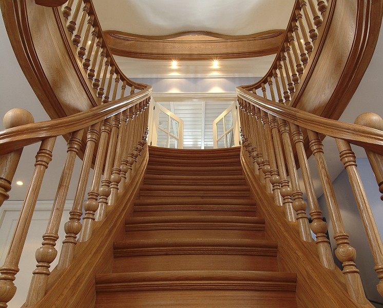 Trapart trappengalerij trappenmaker van exclusieve for Goedkope trappenmaker